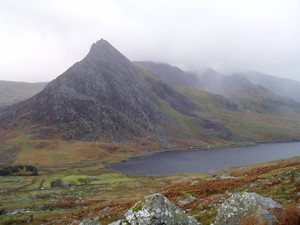 Looking over Llyn Ogwen to Tryfan